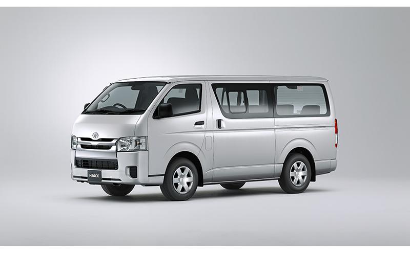 3.0L Bus 15-Seats A/C